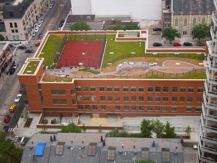 Green roof on an elementary school makes a great classroom